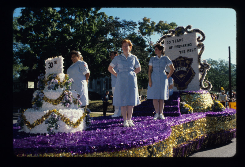 School Of Nursing Homecoming Float